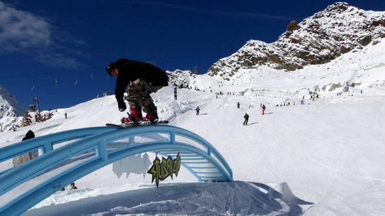 Ski Express Season Opener - Stubai Glacier